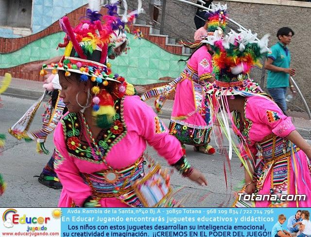 Desfile de baile. Fiestas en honor a la Virgen de la Urkupiña (Bolivia) - 20