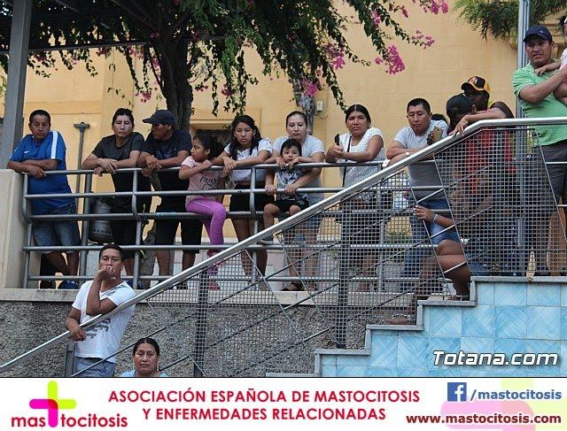 Desfile de baile. Fiestas en honor a la Virgen de la Urkupiña (Bolivia) - 25