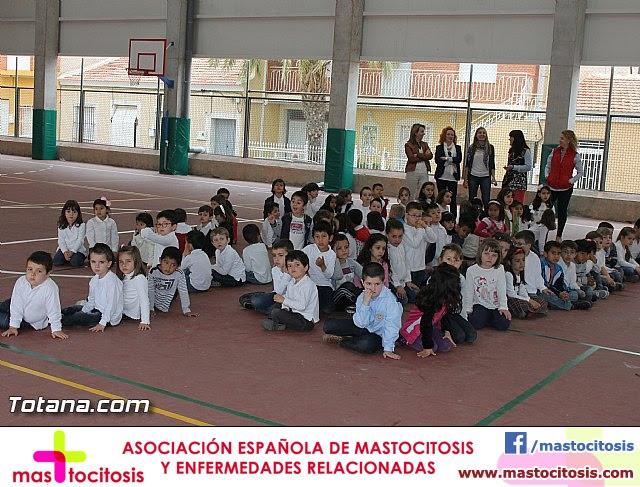 Procesión infantil. Colegio Santa Eulalia - Semana Santa 2014 - 4